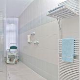 Ferienwohnung-KlinikWelt-Badezimmer-HandtuchWaermer