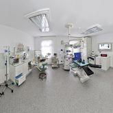 2-Ferienwohnung-KlinikWelt-Untersuchungsraum-OP-Raum