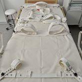 Ferienwohnung-KlinikWelt-Patientenzimmer-komplettes-Segufixsystem-Patientenfixierung