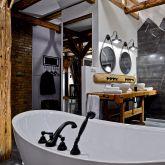 der-gutshof-neuewelt-freistehende-badewanne