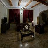 romantische-ferienwohnung-ledersessel-salon