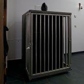 SM-Apartment-SchwarzeWelt-Spielraum-rollbarer-Kaefig-klein